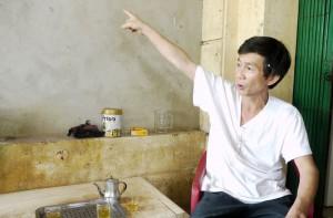 ベトナムの建具職人
